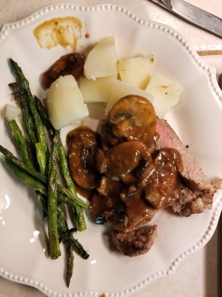 Beef Tenderloin with Mushrooms Dinner